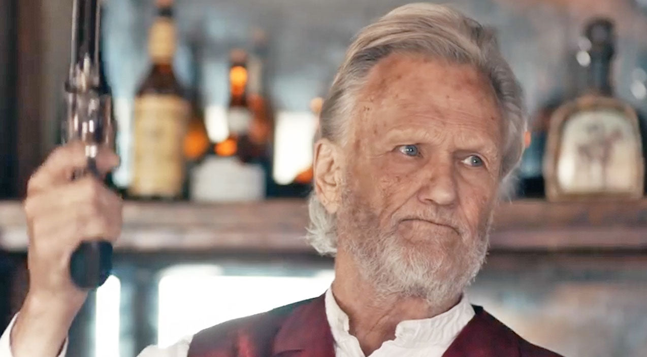 At 80-Years-Old, Kris Kristofferson Is Still A Badass, And Here's Why | Country Music Videos