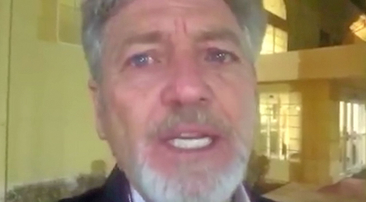 Larry gatlin Songs | Larry Gatlin Gets Emotional In Public Rant Following Paris Attacks | Country Music Videos