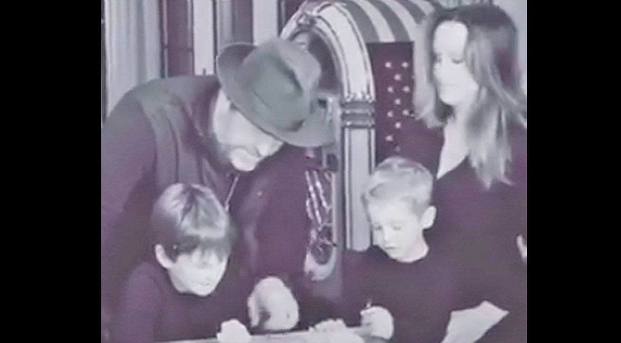 Lee brice Songs | Lee Brice Reveals Gender Of Baby In Adorable Family Video | Country Music Videos