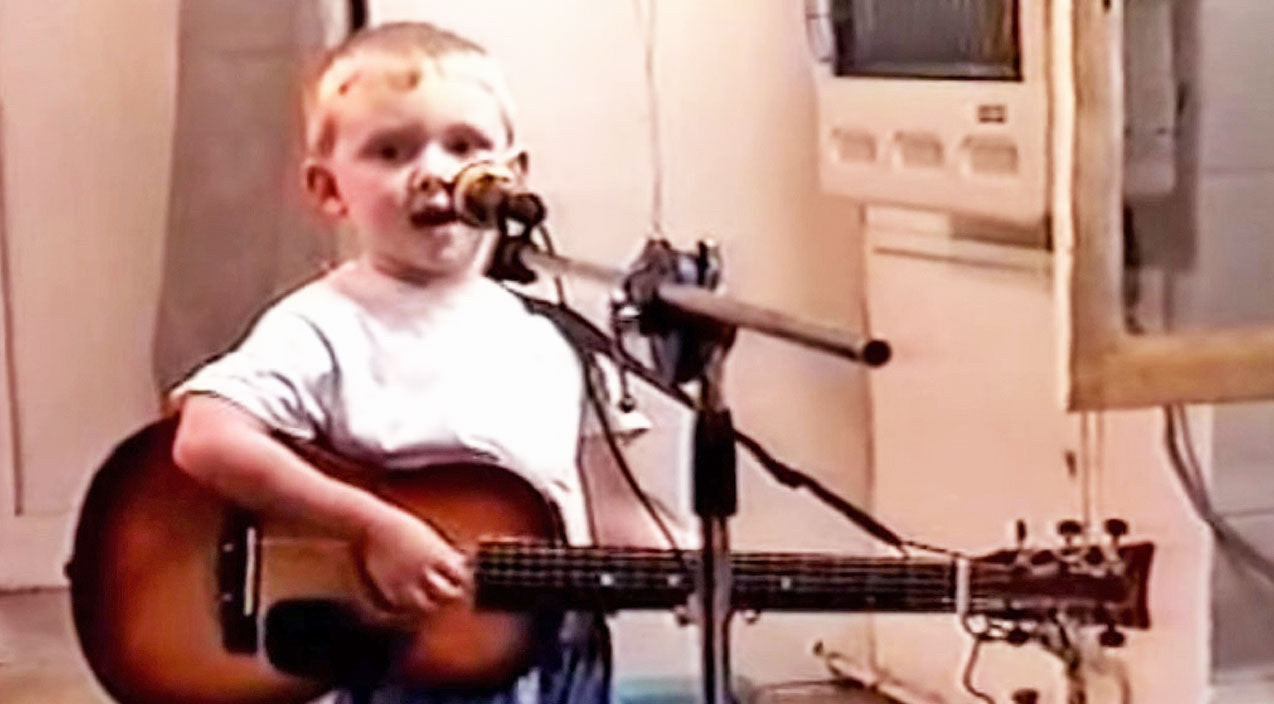 Trace adkins Songs | Adorable Two-Year-Old Will Steal Your Heart With Touching Cover Of 'Arlington' | Country Music Videos
