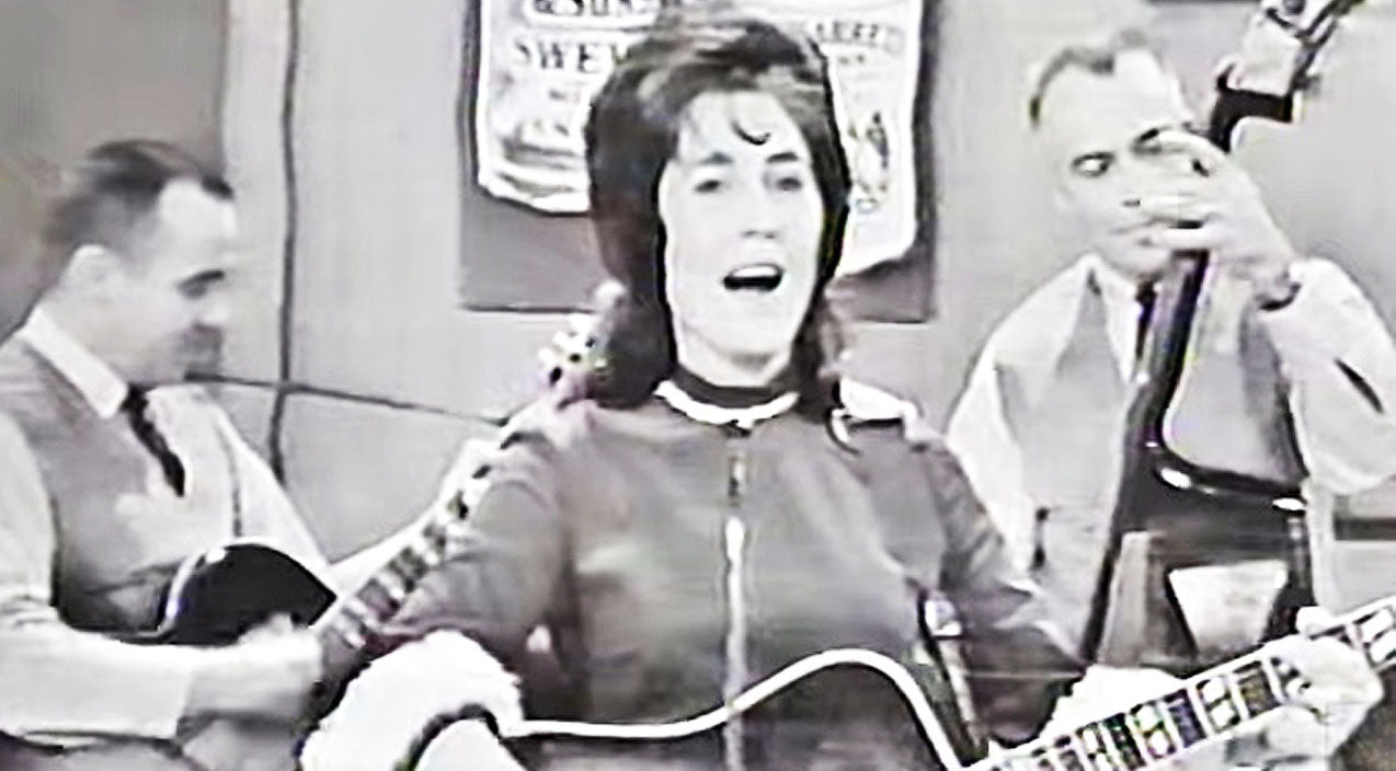 Loretta lynn Songs | RARE FOOTAGE: Loretta Lynn Shines In Buck Owens' Amateur Talent Competition | Country Music Videos