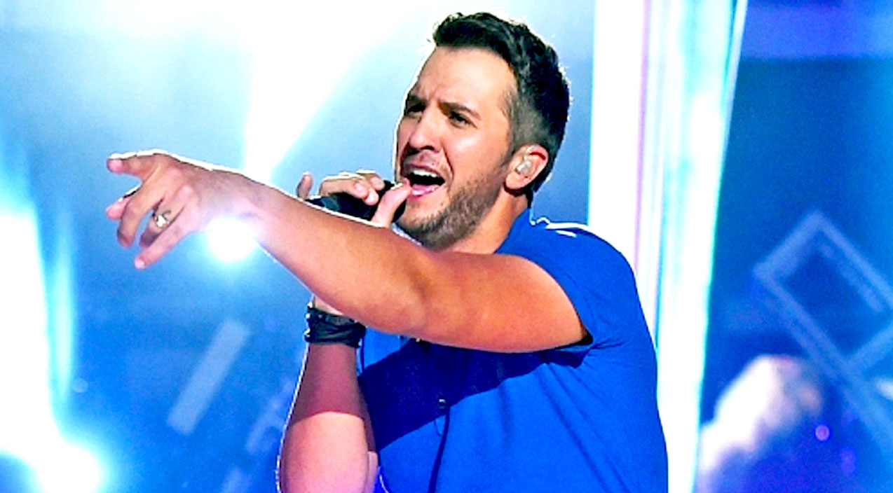 Modern country Songs | Luke Bryan Adds NEW Date To 'Kill The Lights' Tour | Country Music Videos