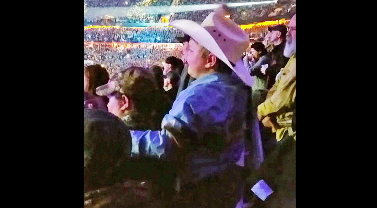 Modern country Songs | 7-Year-Old Cowboy Can't Stop 'Shakin' It' During Luke Bryan Concert | Country Music Videos