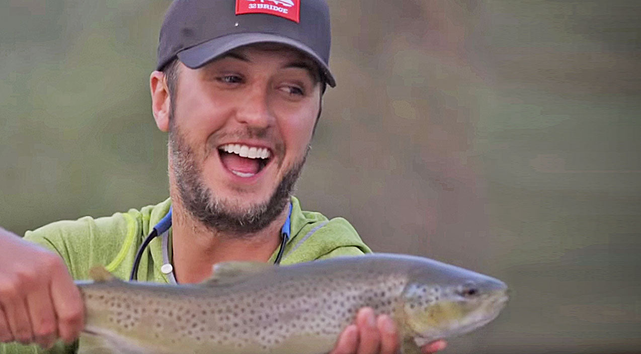 Luke bryan Songs | Video Evidence: Luke Bryan Proves Once And For All He's A Real Country Boy | Country Music Videos