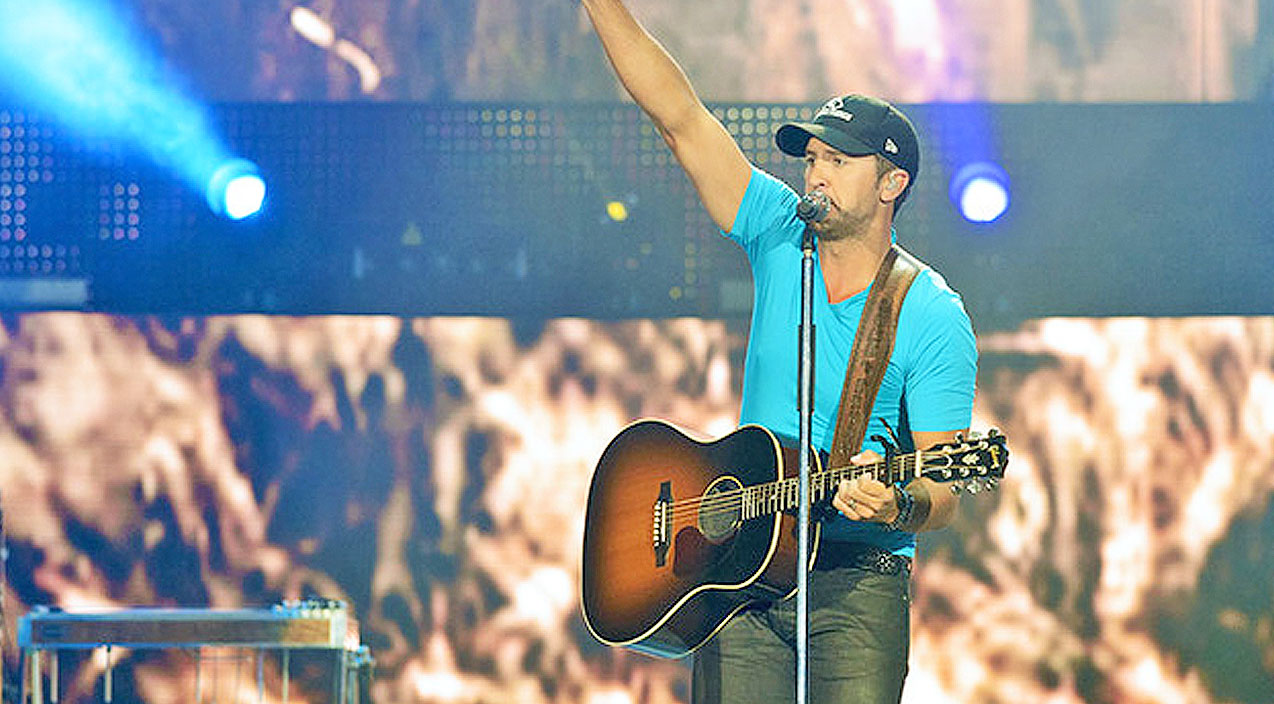 Luke bryan Songs | Luke Bryan Stops Mid-Song To Make An Announcement, And The Crowd Went WILD! | Country Music Videos