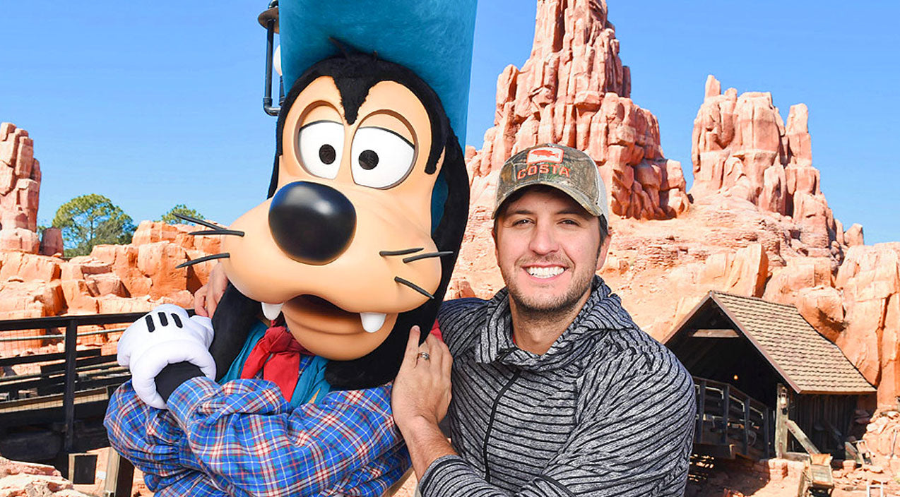 Luke bryan Songs | Luke Bryan Took Family To Disney World And What Happened Next Was Priceless | Country Music Videos