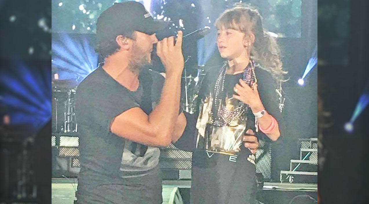 Luke bryan Songs | Luke Bryan Brings Little Girl To Tears During Sweet Onstage Serenade | Country Music Videos