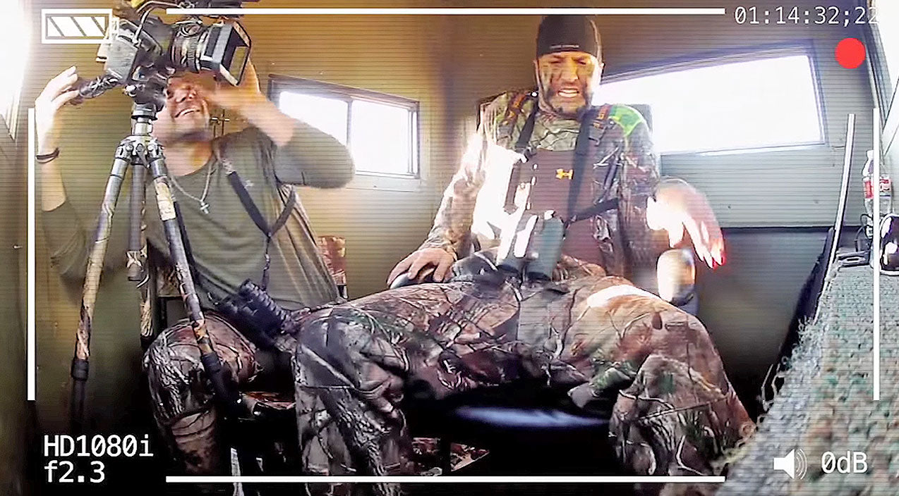 Luke bryan Songs | Luke Bryan Freaks Out During EPIC Prank By Buck Commander Guys | Country Music Videos