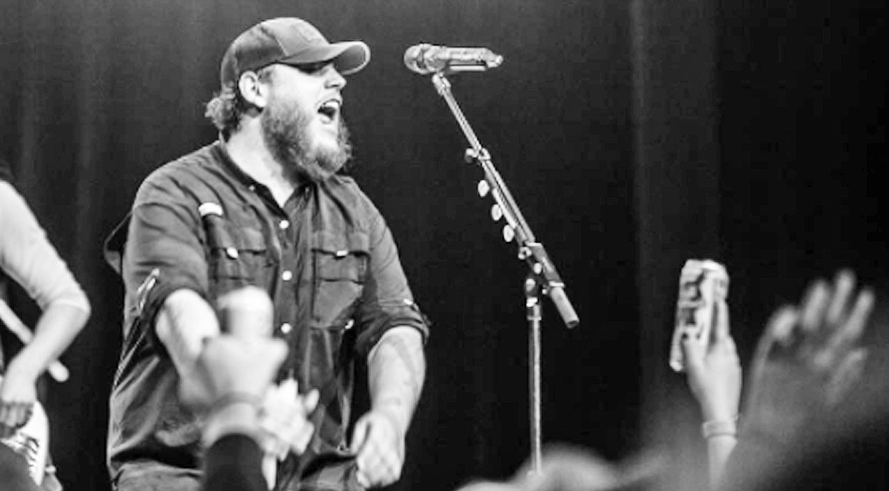 Luke combs Songs | Luke Combs Ignites A Fire With Rowdy 'Friends In Low Places' Cover | Country Music Videos