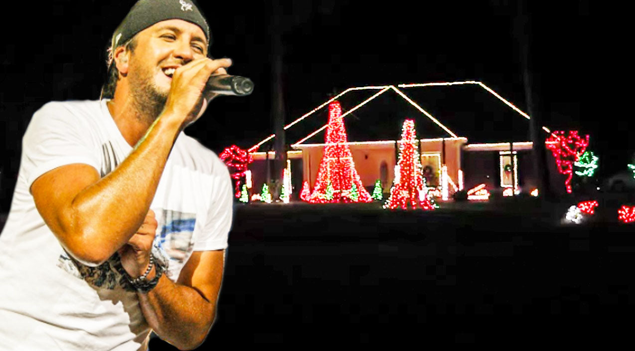 Luke bryan Songs | Christmas Lights Synced With Luke Bryan's 'Run Rudolph Run' Is Pure Magic | Country Music Videos