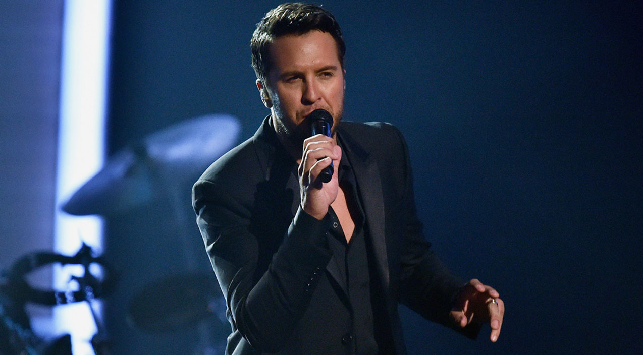 Luke bryan Songs | Luke Bryan Delivers Stunning Tribute At Grammy Awards | Country Music Videos