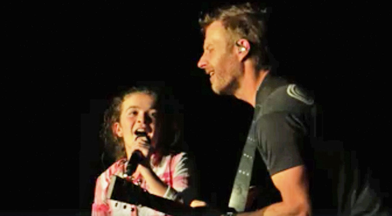 Dierks bentley Songs | Little Girl Steals The Show From Dierks Bentley During 'Different For Girls' Duet | Country Music Videos