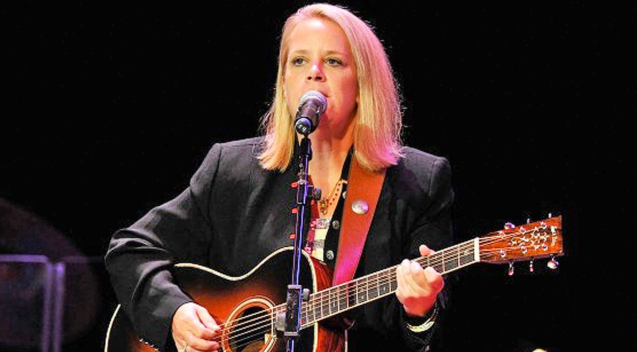 Mary chapin carpenter Songs | Celebrating Mary Chapin Carpenter With Three Of Her Most Iconic Performances | Country Music Videos