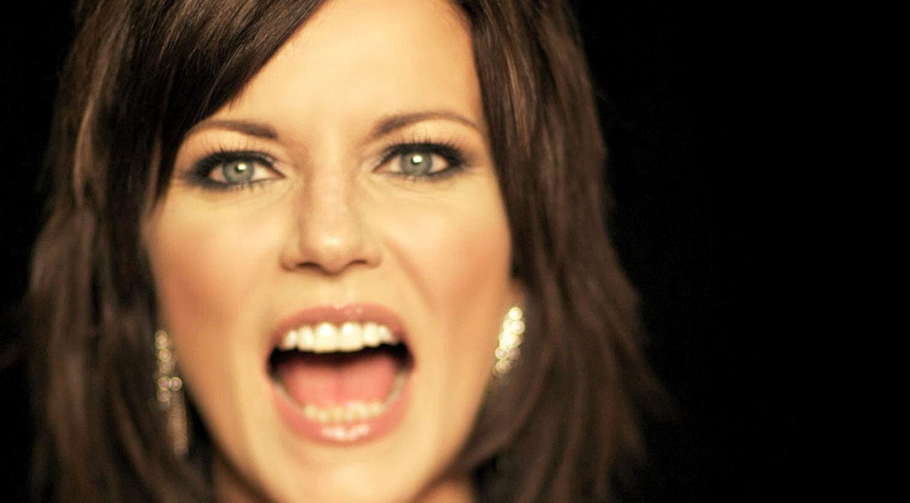Martina mcbride Songs | Martina McBride Sticks It To The Local PTA During Sassy Performance | Country Music Videos