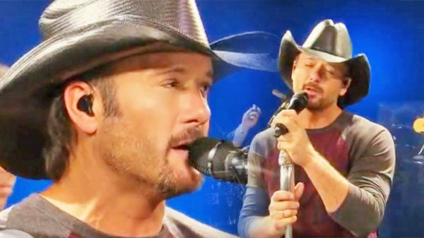 Tim mcgraw Songs | Tim McGraw - I Didn't Know It At The Time (LIVE) | Country Music Videos