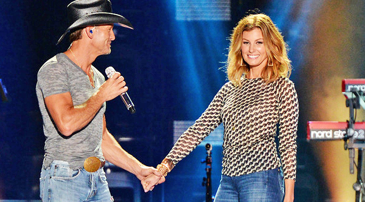 Tim mcgraw Songs | Faith Hill & Tim McGraw Reveal Baby Gender News On Stage | Country Music Videos