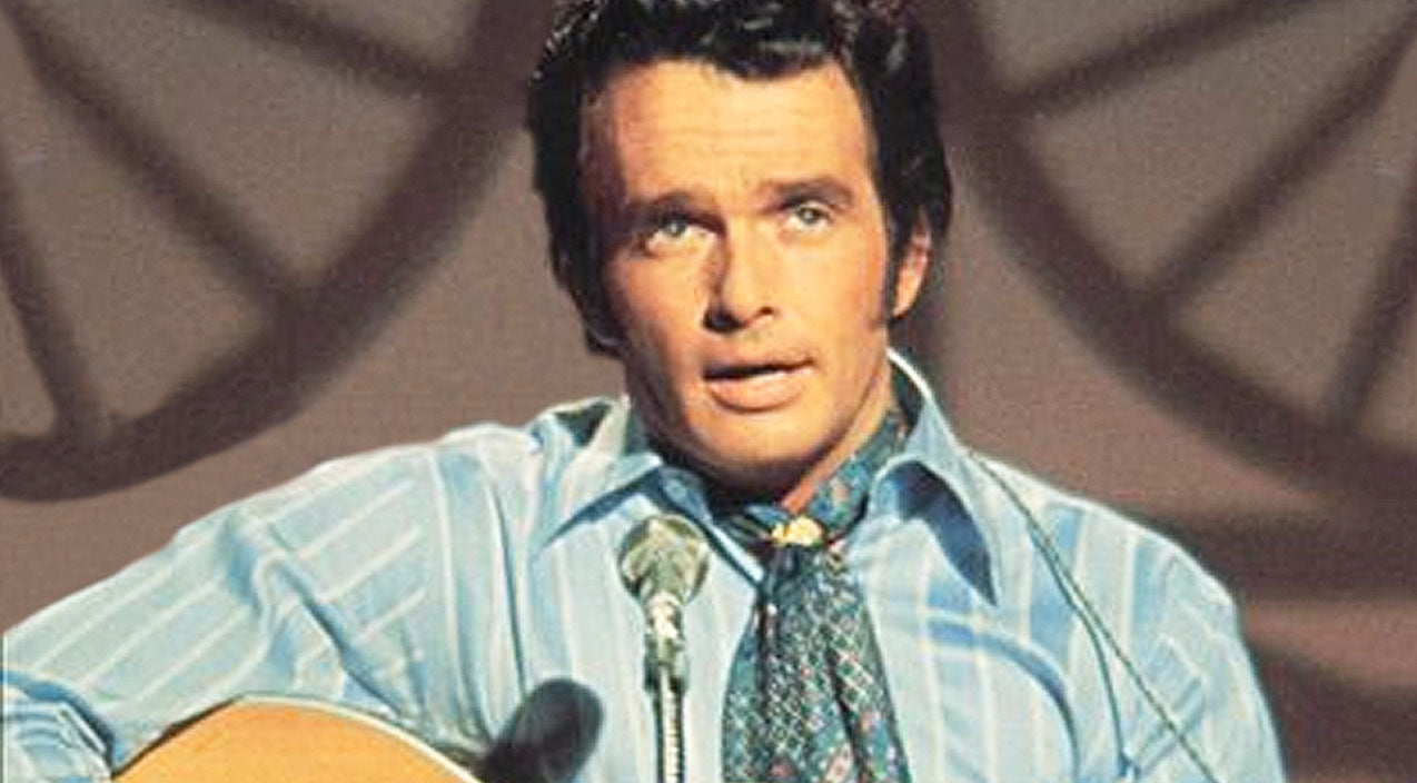Merle haggard Songs | Merle Haggard Tells Us 'The Legend Of Bonnie And Clyde' With Upbeat Performance | Country Music Videos