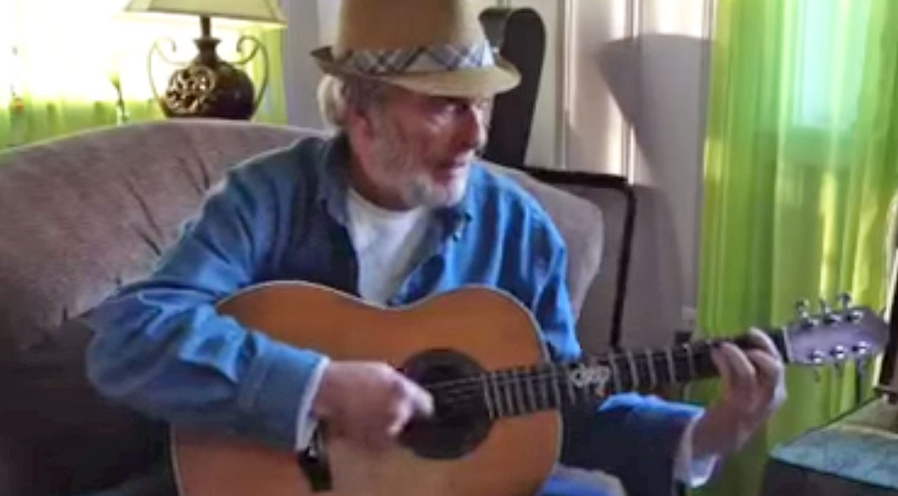 Merle haggard Songs | This Rare Footage Of Merle Haggard Singing 'California Blues' In His Living Room Will Leave You Speechless! | Country Music Videos