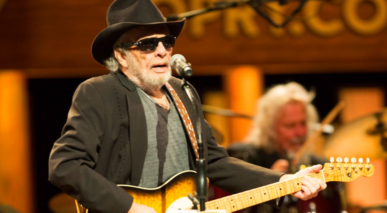 Merle haggard Songs | Merle Haggard Makes Surprise Appearance At Grand Ole Opry | Country Music Videos