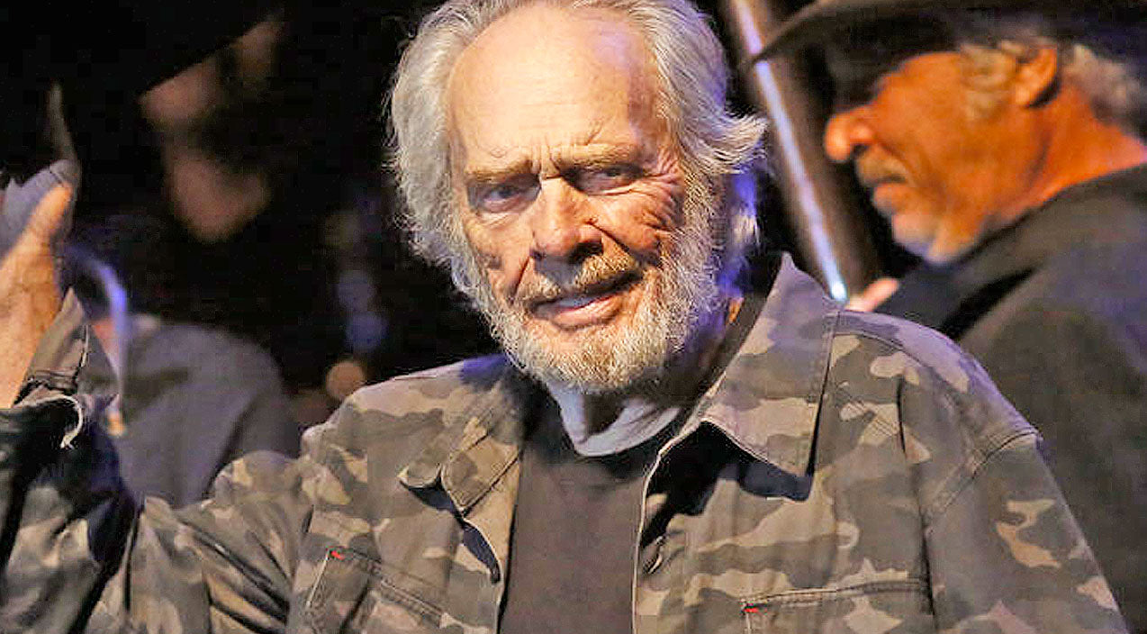 Merle haggard Songs | Merle Haggard's Son Asks For Our Prayers | Country Music Videos
