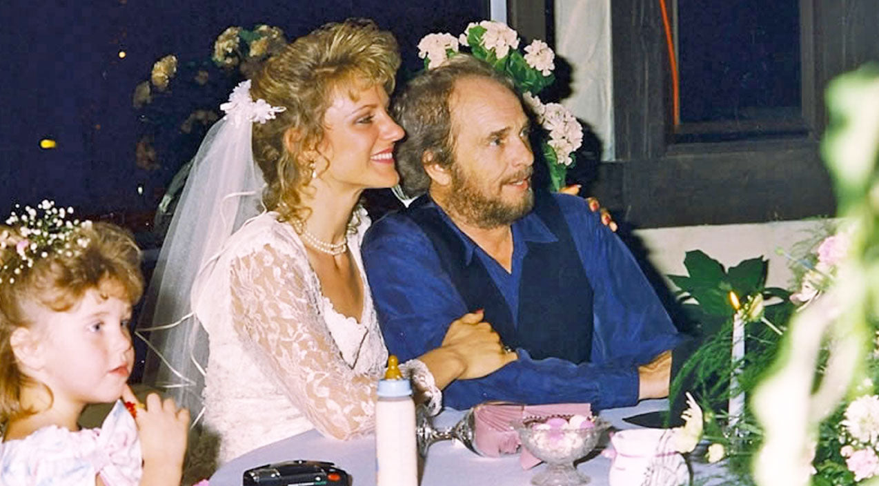 Merle haggard Songs | Merle Haggard & His Beautiful Bride Sing A Romantic Duet, 'Live And Love Always' | Country Music Videos