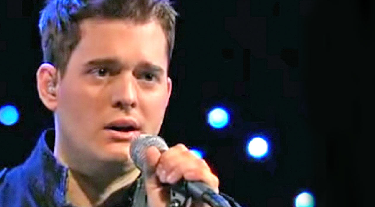 Willie nelson Songs | Michael Bublé Breaks Hearts With Cover Of Willie Nelson's 'Always On My Mind' | Country Music Videos