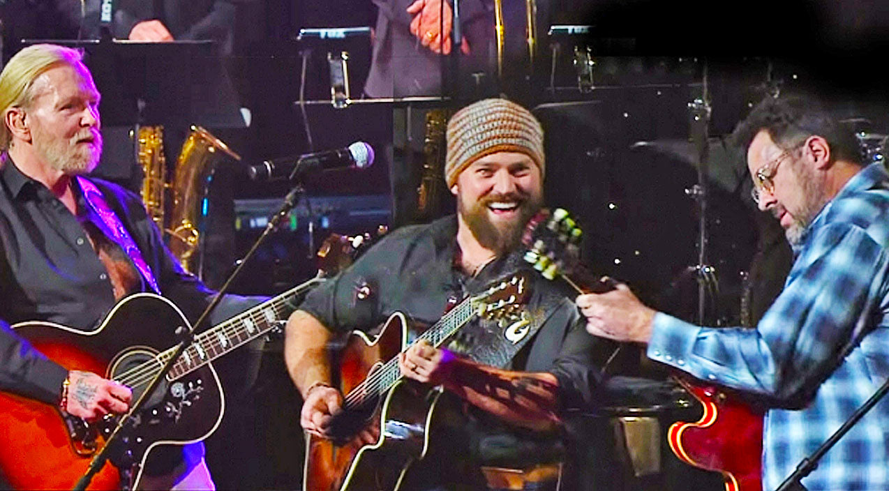 Zac brown Songs | Vince Gill, Zac Brown, & Gregg Allman Tear Up The Stage With 'Midnight Rider' | Country Music Videos
