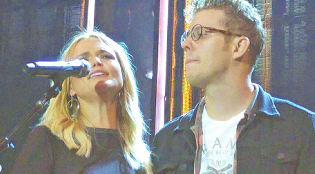 Miranda lambert Songs | Miranda Lambert Sweetly Introduces Boyfriend Anderson East On Stage For The First Time | Country Music Videos