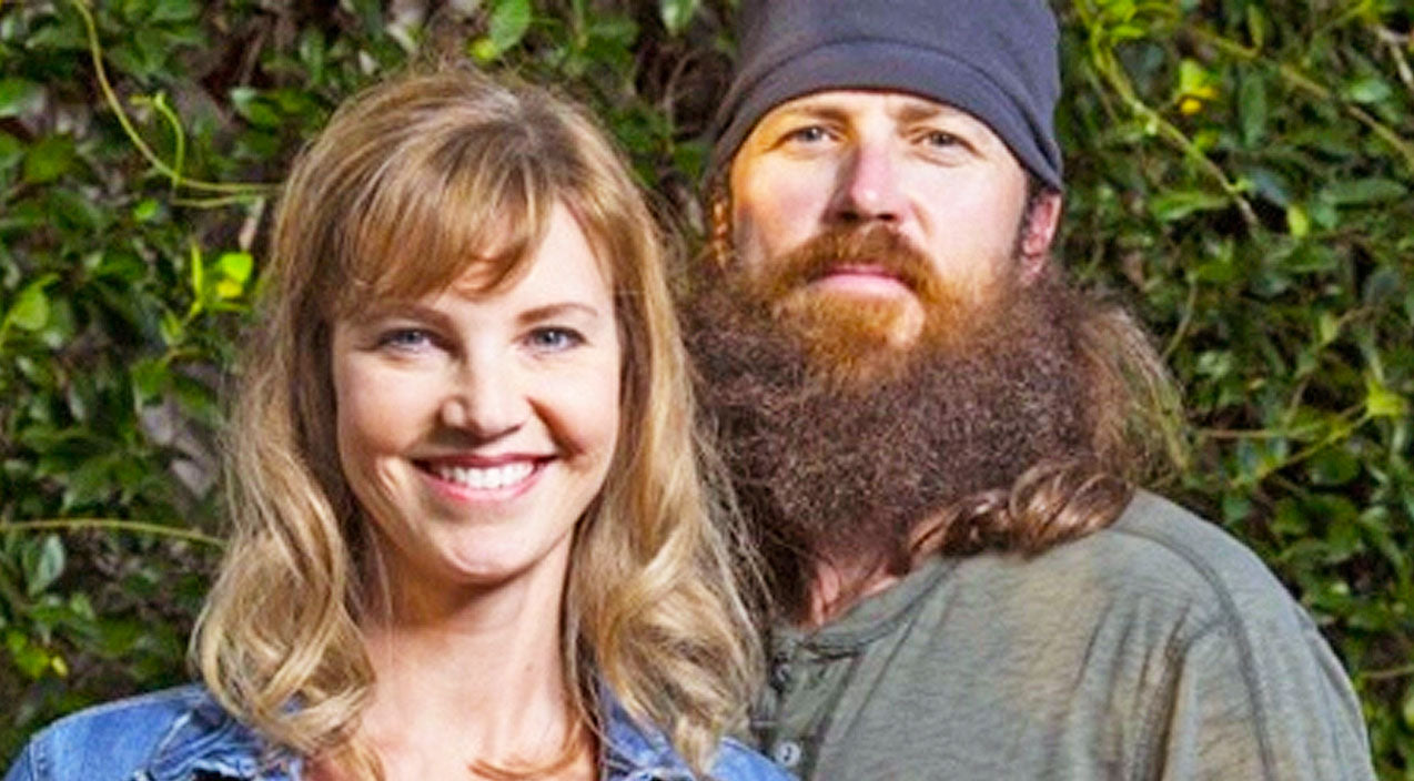 Duck dynasty Songs | Jase And Missy Robertson Offer Heartfelt Advice To Duggar Girls In Midst Of Scandal | Country Music Videos