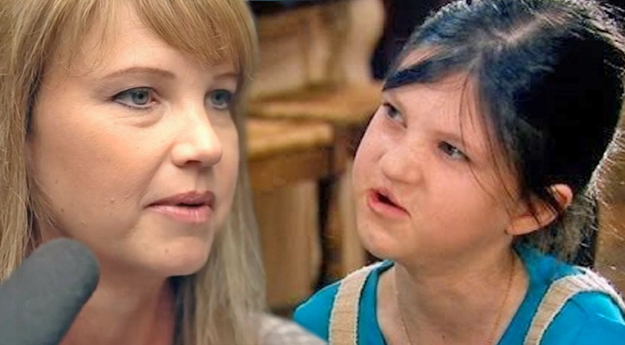 Missy robertson Songs | Missy Robertson Forced To Have Uncomfortable Conversation With Her Pre-Teen Daughter, Mia | Country Music Videos