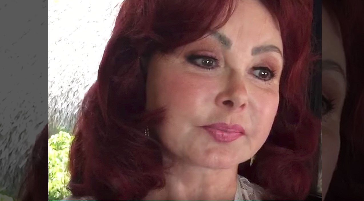 Naomi judd Songs | Emotional Naomi Judd Reveals Crucial Advice About Battling Depression | Country Music Videos