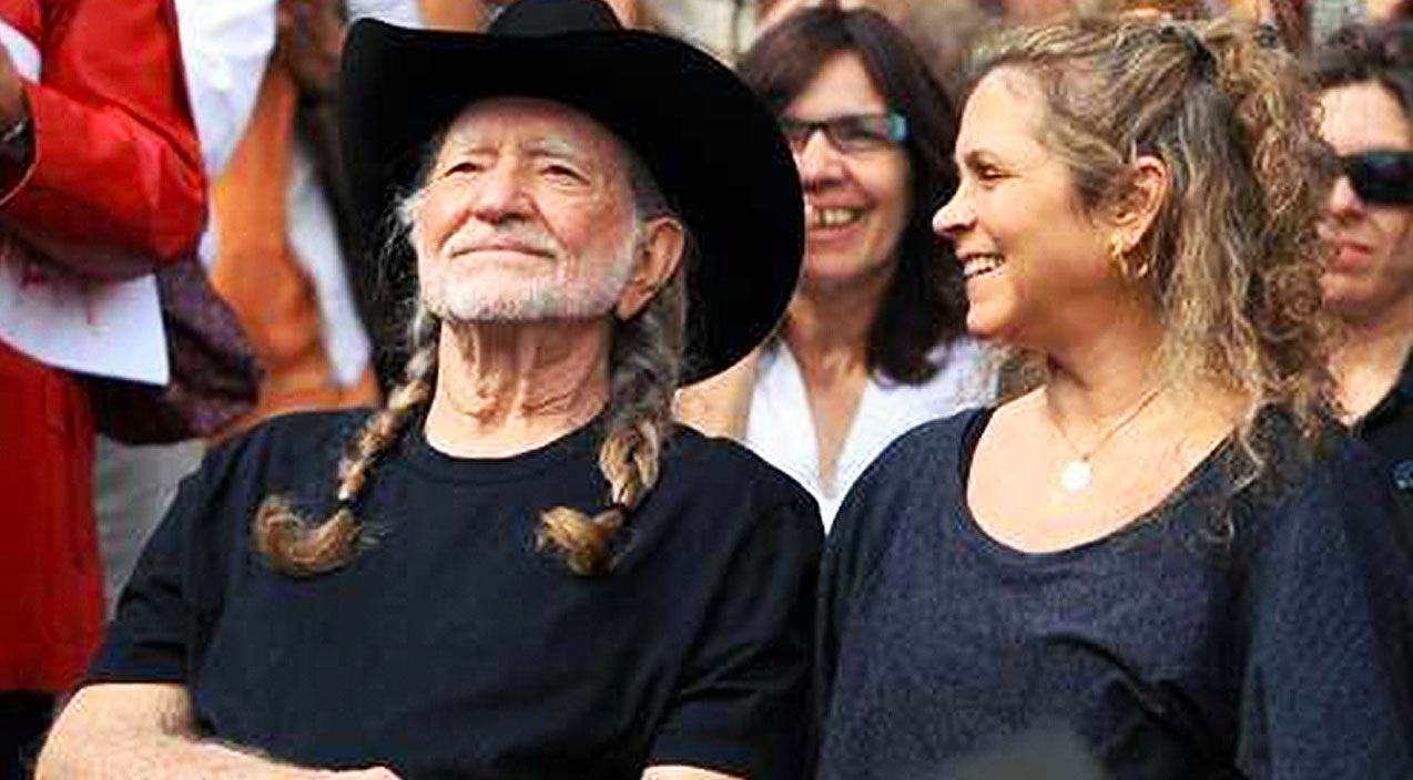 Willie nelson Songs | Willie Nelson Proves Not All Relationships Need To Be By The Book To Succeed | Country Music Videos