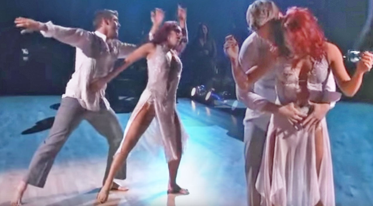 Nick Carter Earns Perfect Score On DWTS With Emotional Tribute To Wife And Unborn Son | Country Music Videos