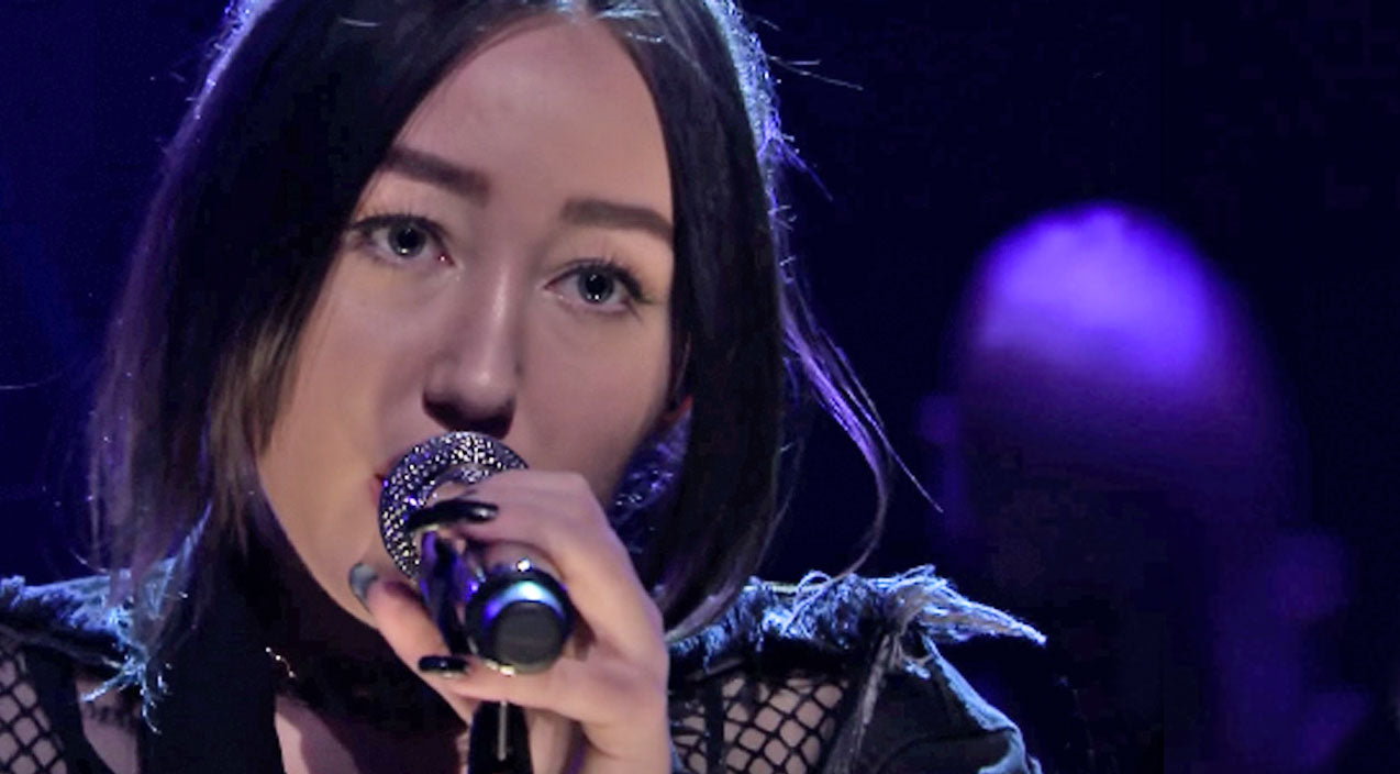 Noah cyrus Songs | Noah Cyrus Makes Television Debut With Sultry Performance Of Hit Single | Country Music Videos