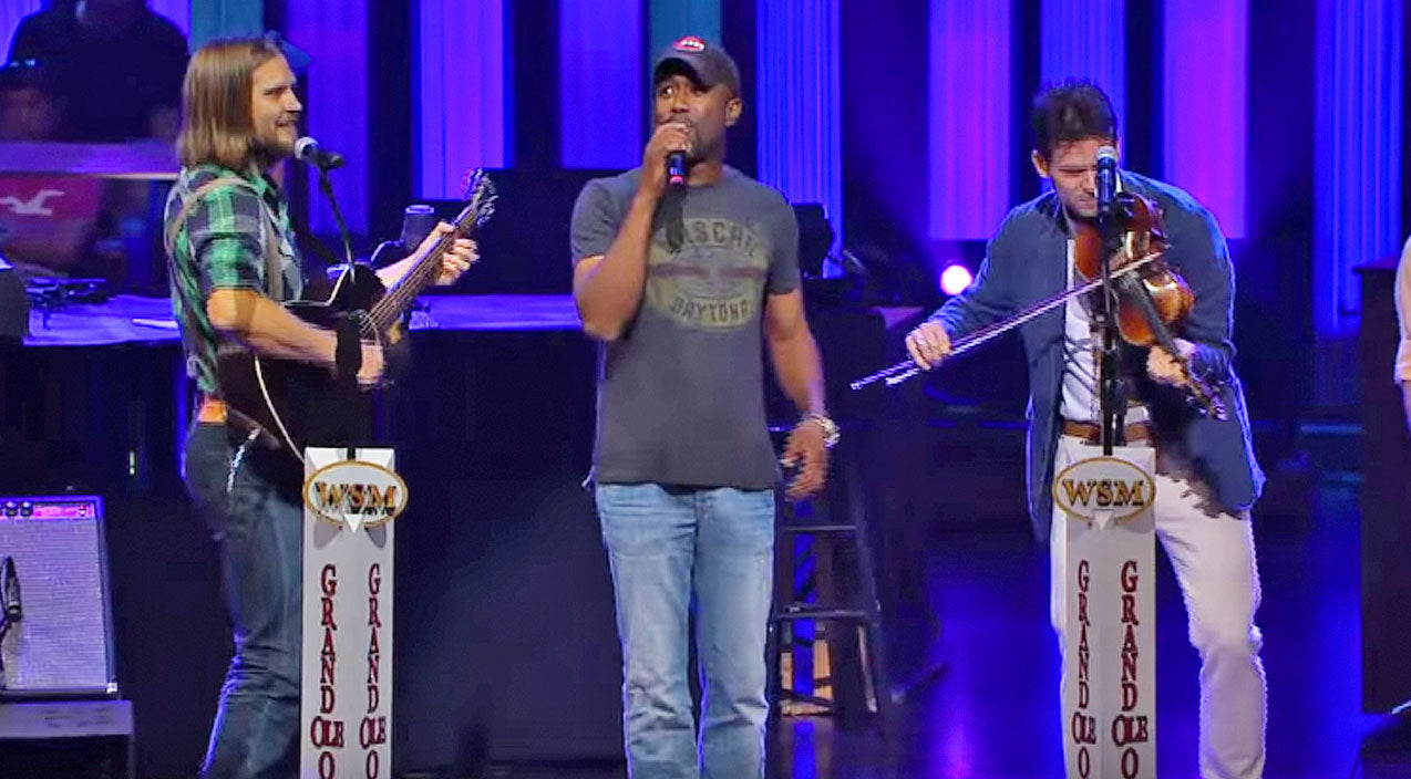 Top 5 Times Darius Rucker Blew Us Away With An Unlikely Duet Partner (2/5) | Country Music Videos