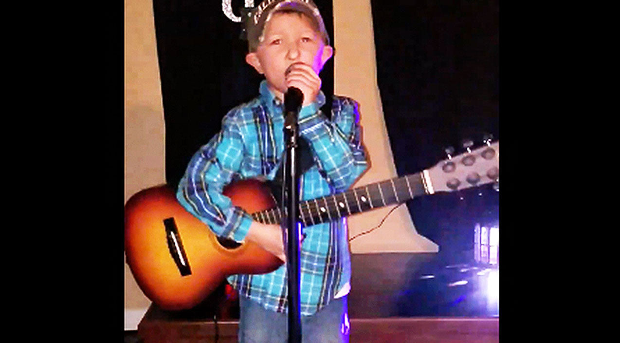 Modern country Songs | Luke Bryan's Mini Me Guns For Fame In Adorable Performance Of Popular Hit | Country Music Videos