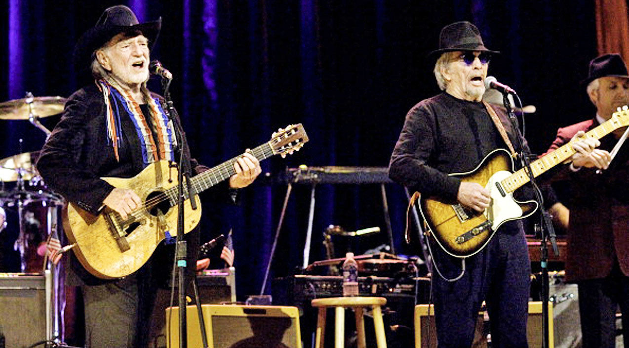 Willie nelson Songs | Decades Later, Willie Nelson & Merle Haggard Team Back Up For 'Pancho And Lefty' Duet | Country Music Videos