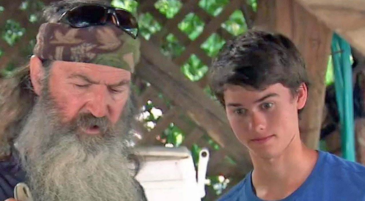 Phil robertson Songs | Phil Robertson Tries To Teach His Grandkids A Lesson, What Happens Next is Hilarious! | Country Music Videos