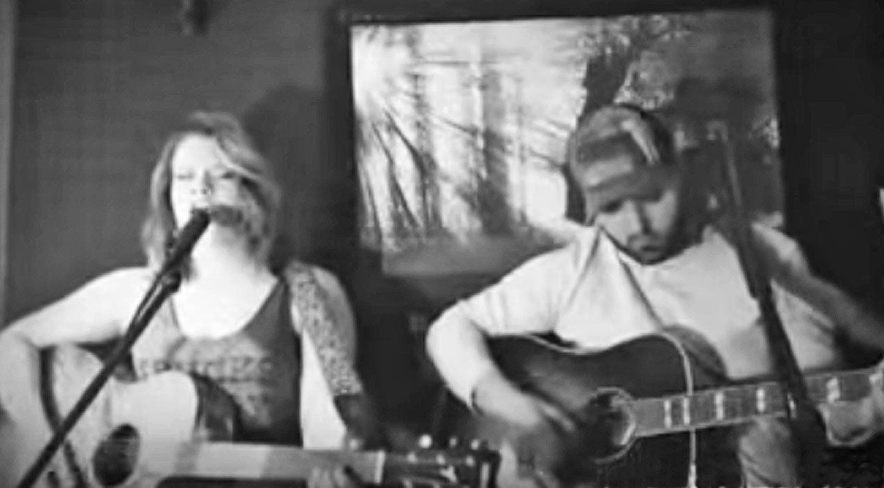 Sheryl crow Songs | Young Couple Delivers Heartbreaking Duet to Kid Rock & Sheryl Crow's 'Picture' | Country Music Videos