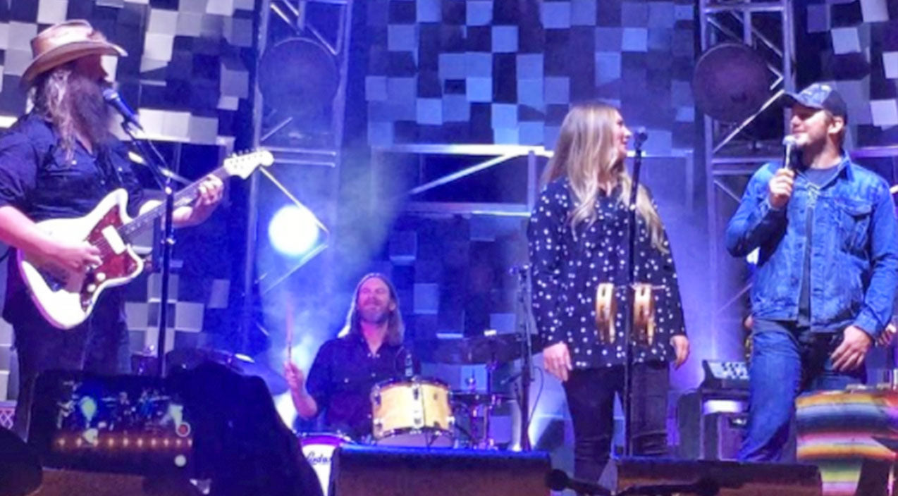 Chris stapleton Songs | One Of Hollywood's Biggest Stars Joins Chris Stapleton On Stage For Epic 'Tennessee Whiskey' Duet | Country Music Videos