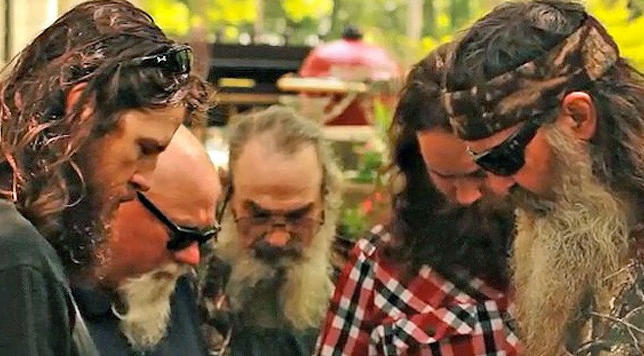 Duck dynasty Songs | Duck Dynasty Family Needs Our Prayers | Country Music Videos