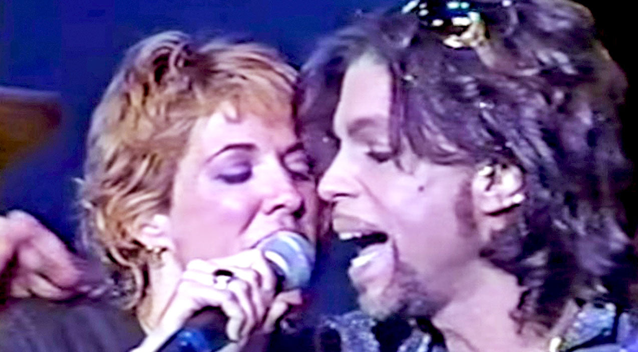 Sherly crow Songs | Remember When Sheryl Crow & Prince Owned The Night With 'Everyday Is A Winding Road'? | Country Music Videos