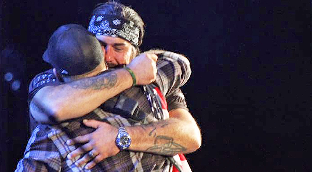 Brantley gilbert Songs | Wounded Warrior Overcome With Emotion Addressing Crowd At Brantley Gilbert Concert | Country Music Videos