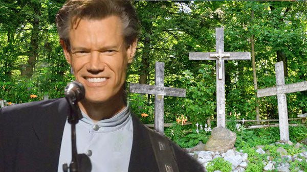 Randy travis Songs | Randy Travis - Three Wooden Crosses (LIVE) (VIDEO) | Country Music Videos