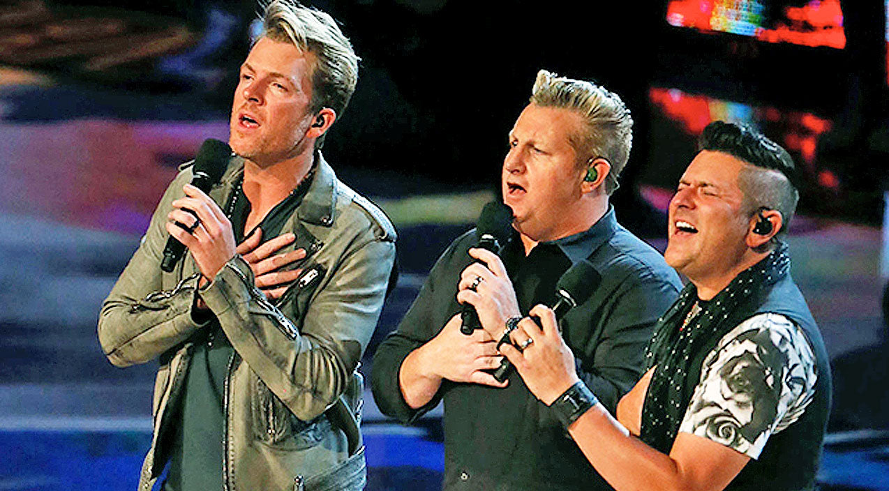 Rascal flatts Songs | Rascal Flatts Shocks Audience With Super Star Guest During 'What Hurts The Most' Performance | Country Music Videos