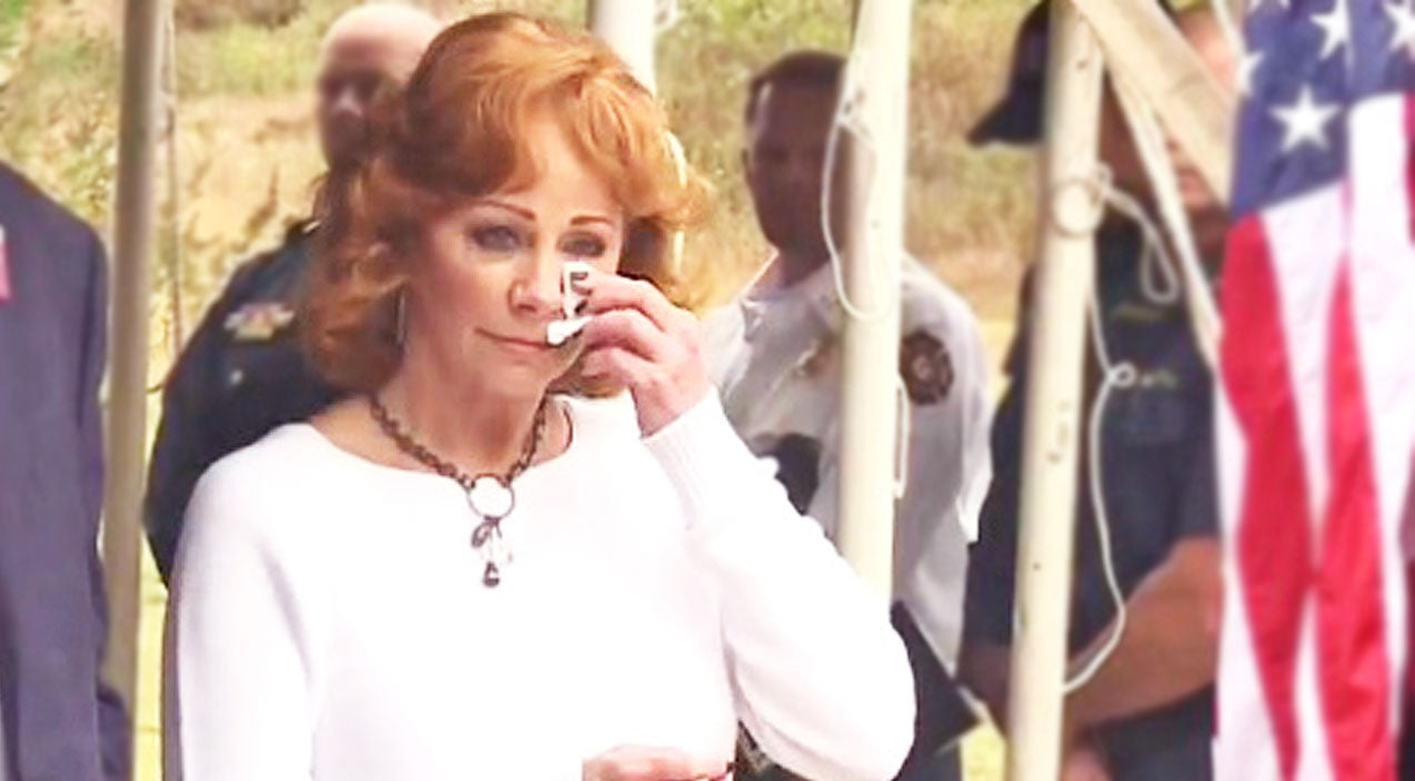 Reba mcentire Songs | Reba McEntire Couldn't Control Her Tears During Celebration In Her Honor | Country Music Videos
