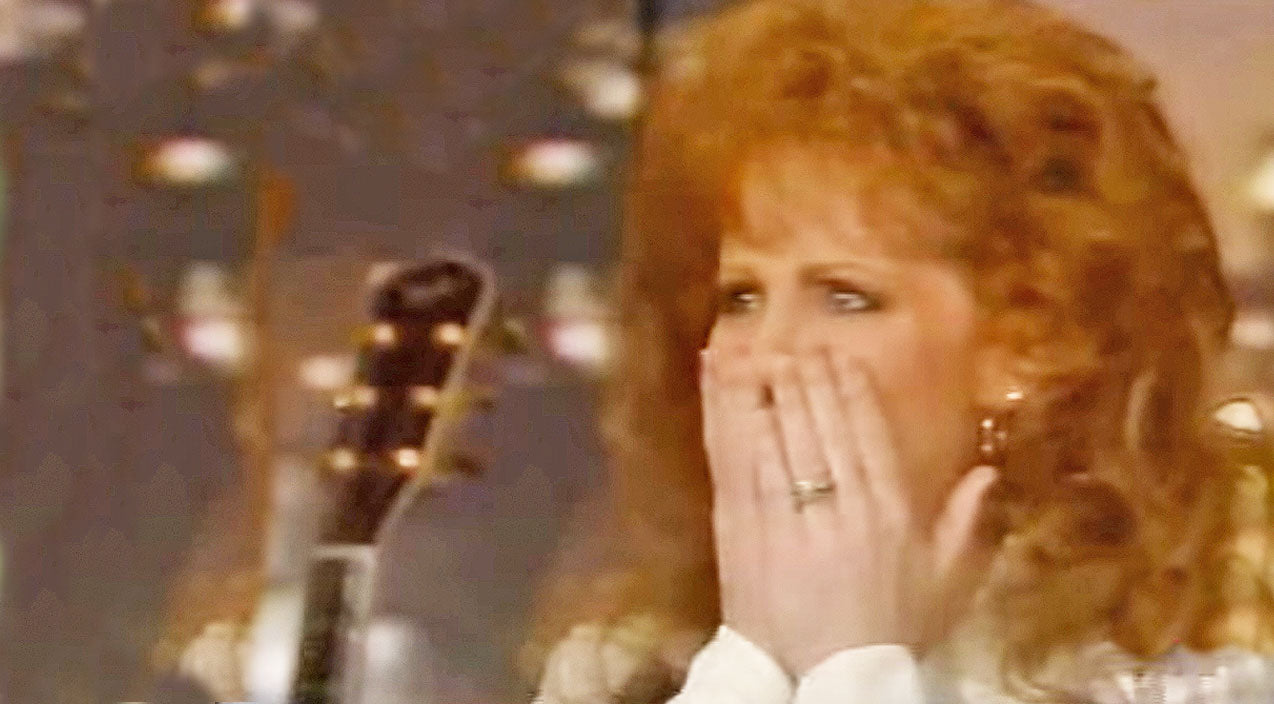 Reba mcentire Songs | FLASHBACK: Reba Breaks Down After Older Sister Surprises Her In An Interview | Country Music Videos