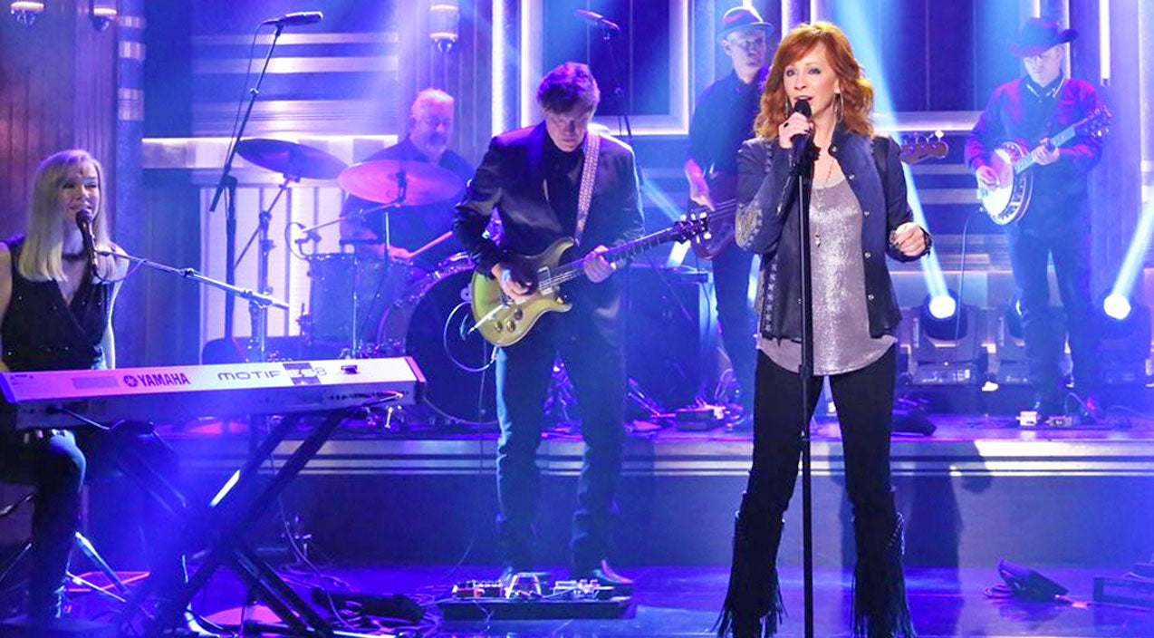 Reba mcentire Songs | Reba Performs Break-Up Song For The First Time On The Tonight Show | Country Music Videos