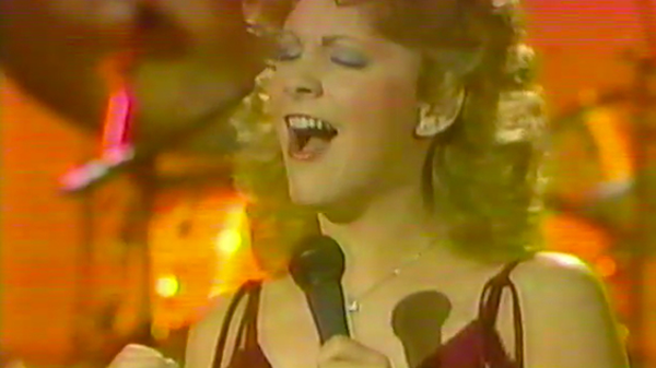 Reba mcentire Songs | Reba McEntire - I Can't Even Get The Blues (VIDEO) | Country Music Videos