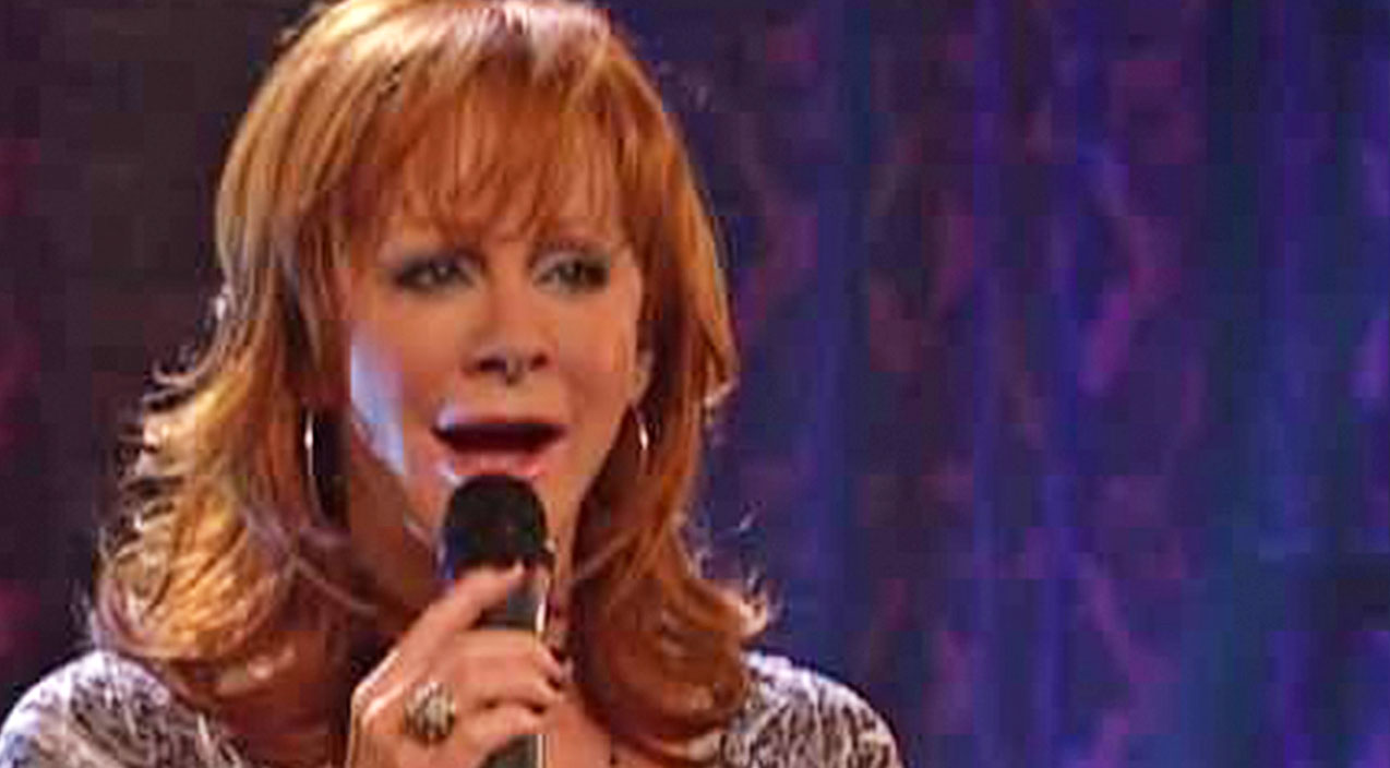 Reba mcentire Songs | Reba McEntire Sings Of A Broken Family In Crippling 'I Heard Her Crying' | Country Music Videos